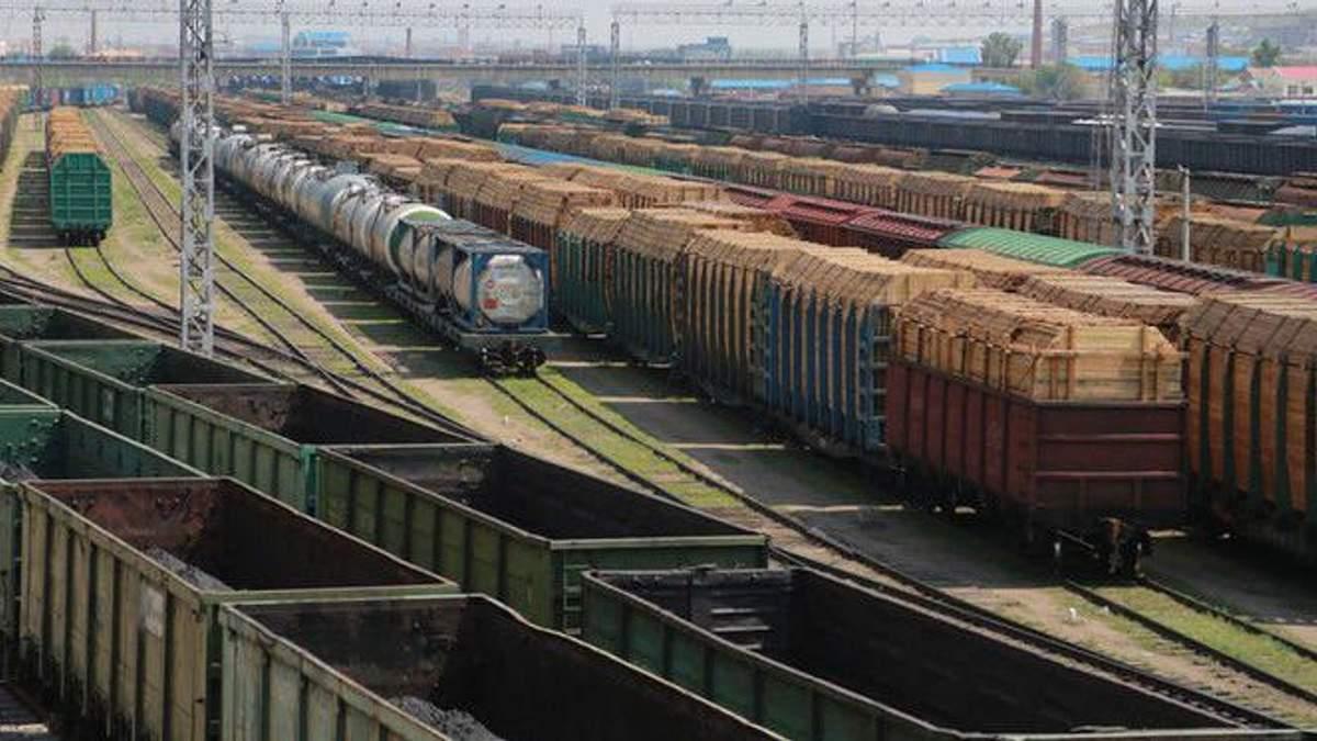"""""""Укрзализныця"""" может повысить цены на грузовые перевозки"""