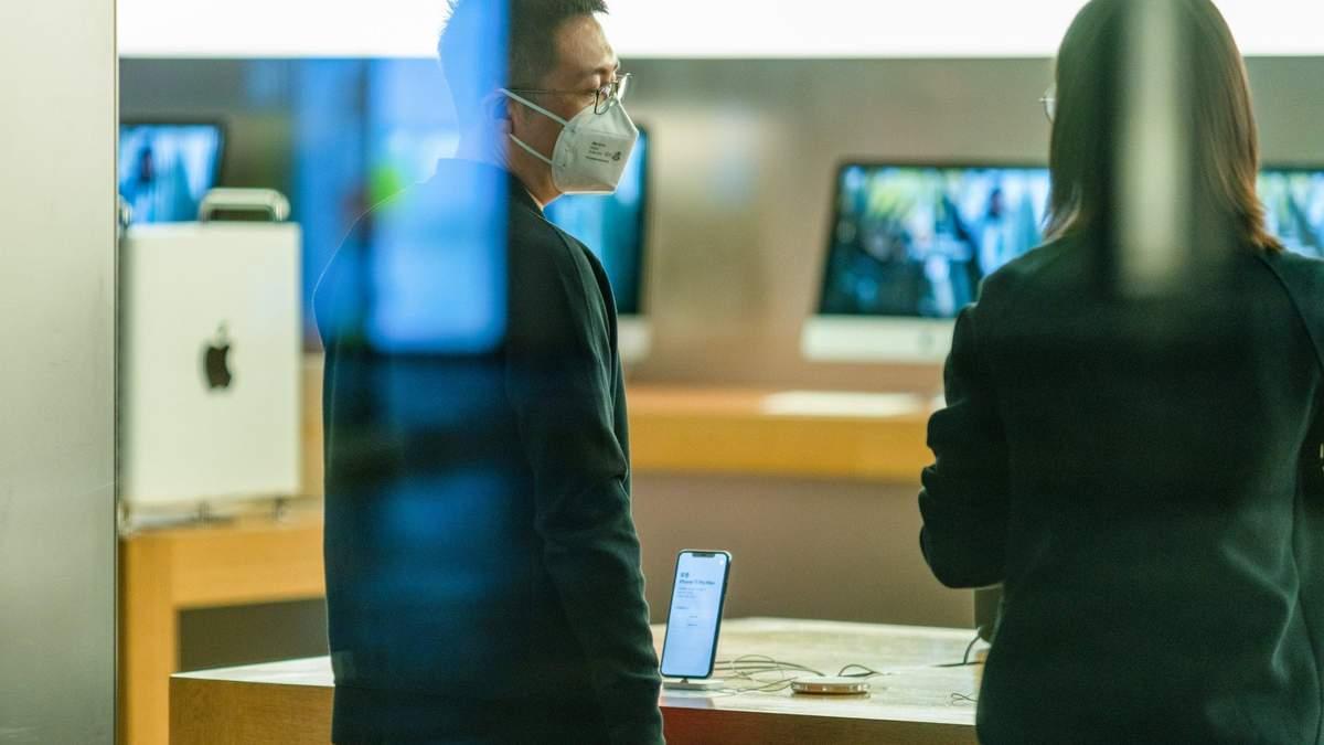 Apple закриває магазини в Китаї через коронавірус