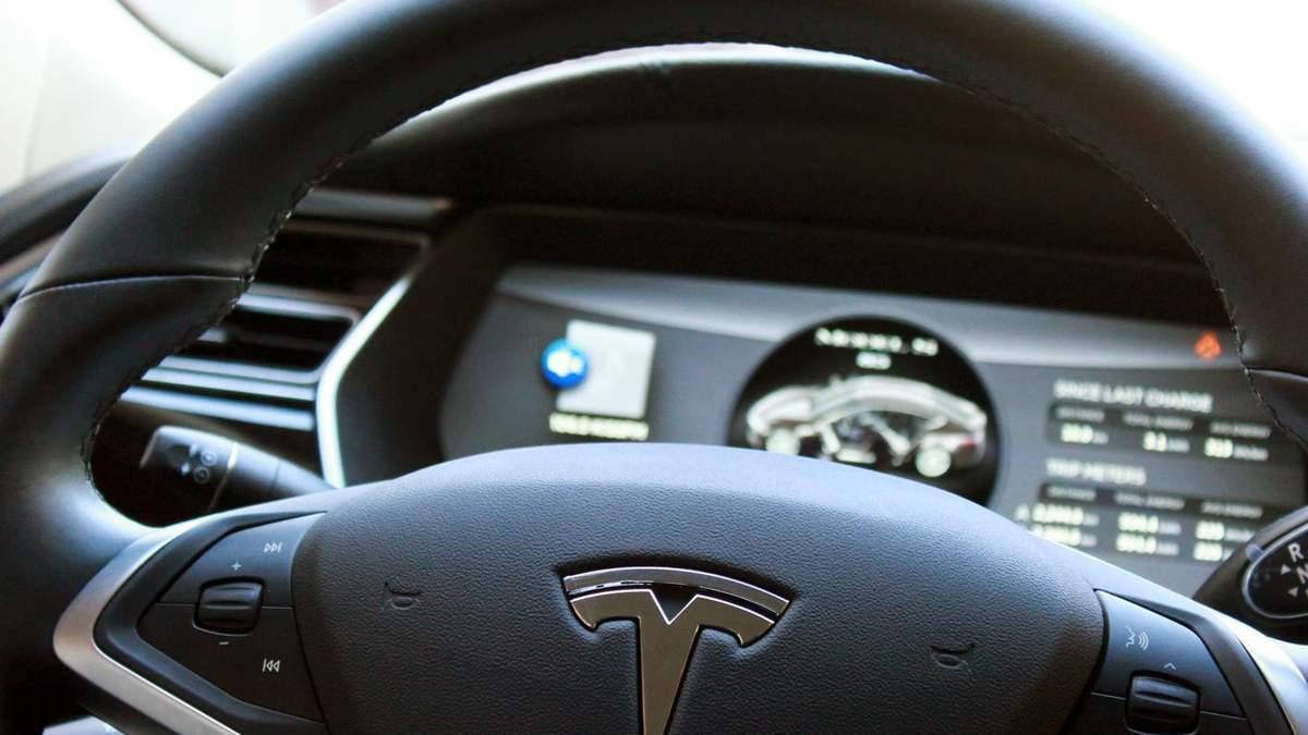 Акції Tesla: чи чекати різкого падіння після злету