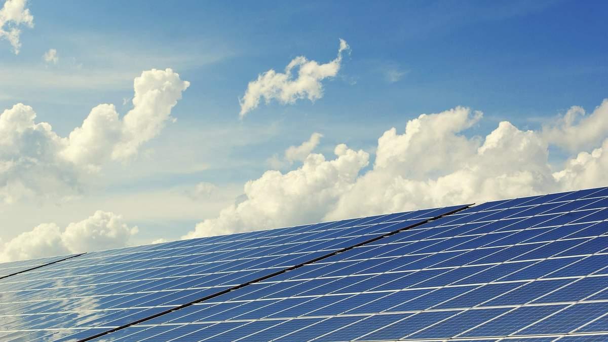 Інвестиції в сонячну енергетику: чому й для кого це вигідно