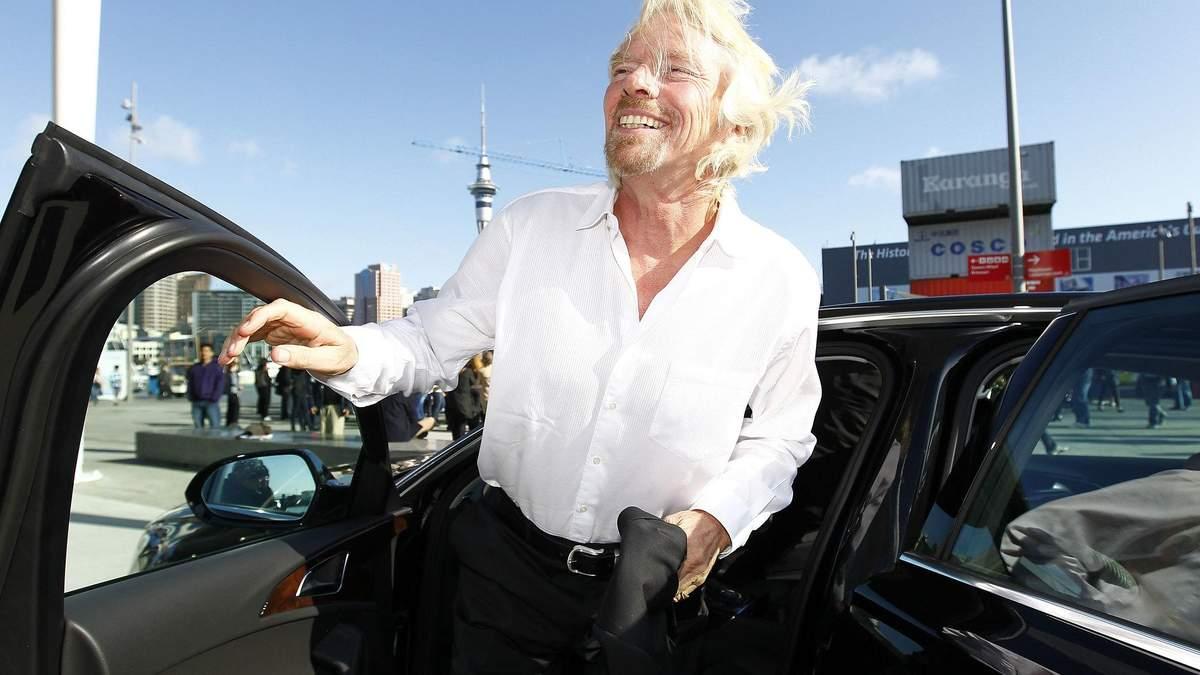 Ричард Брэнсон продал 2,6 млн акций Virgin Galactic: цена акций