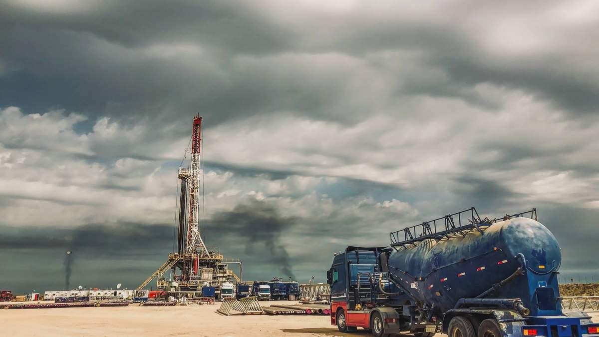 Страны ОПЕК+ 19 августа обсуждают сокращение добычи нефти