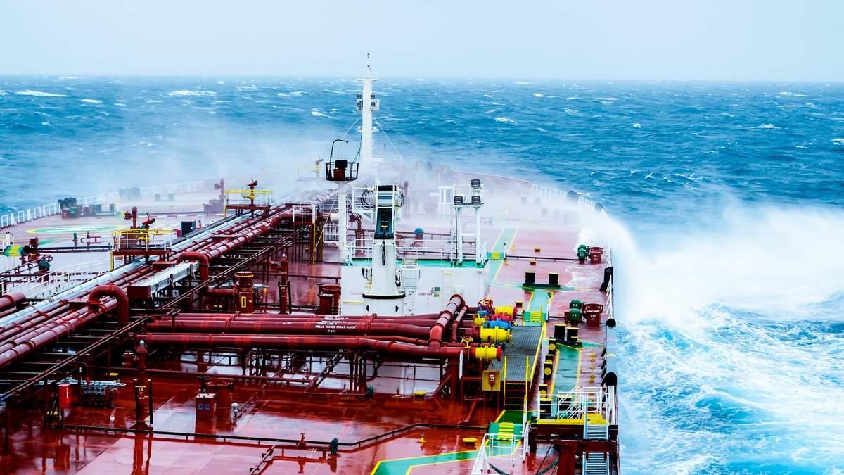 Ціни на нафту 25 серпня 2020 – вплив ураганів США і COVID-19