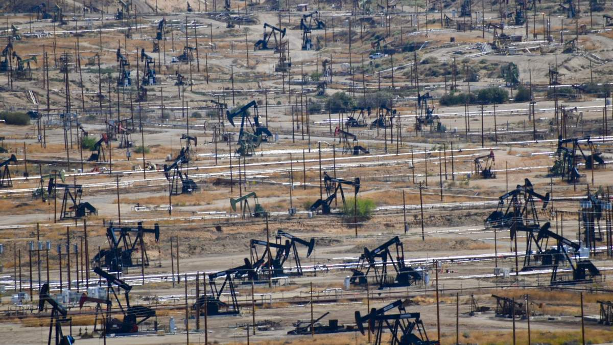 Цены на нефть 14 сентября 2020 года – влияние урагана в США