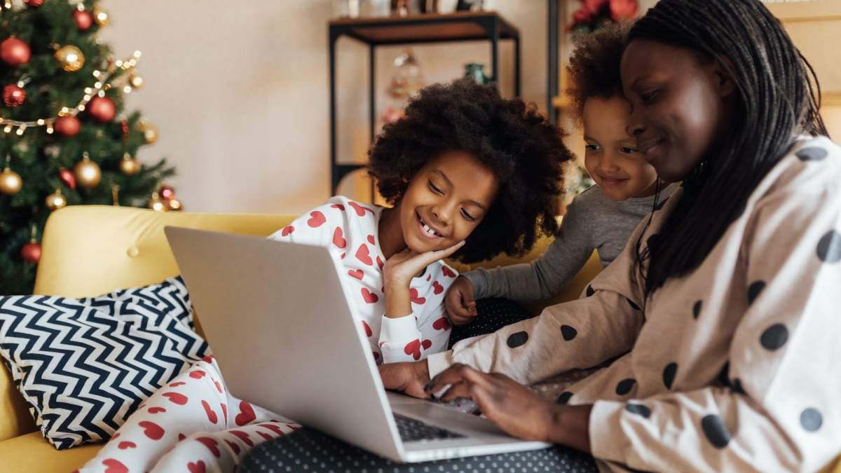 В США создали EarlyBird: родители могут дарить акции своим детям