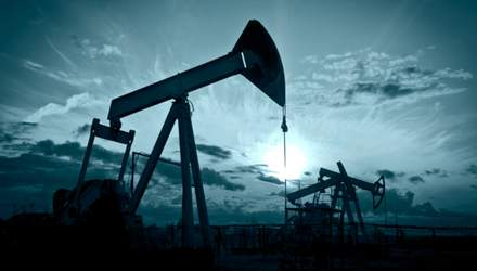 Ціна нафти WTI після коротко підйому знову обвалилася до негативної позначки
