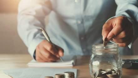 Як зберігати гроші й багатіти: 5 важливих порад експертів