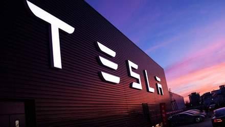 """""""Пузырь"""" или перспективная инвестиция: что говорят иностранные эксперты об акциях Tesla"""