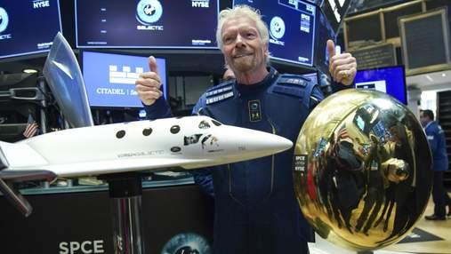 Історичний політ Річарда Бренсона у космос: скільки на цьому заробила Virgin Galactic