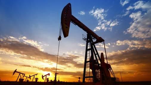ОПЕК+ решила и дальше увеличивать производство нефти: как это повлияло на цену