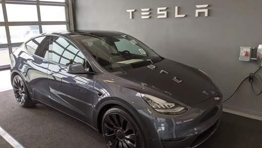 Tesla начала продавать в Китае спортивные внедорожники Model Y: детали и цена